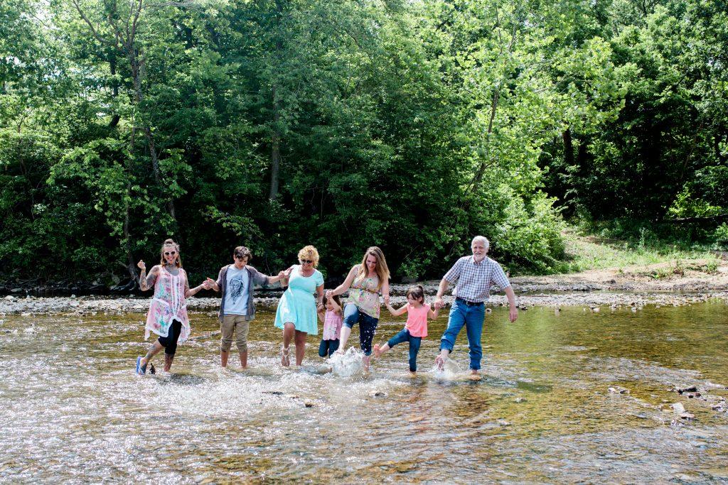 Branson photographer, Branson family reunion photographer, Branson family photographer, branson extended family photographer