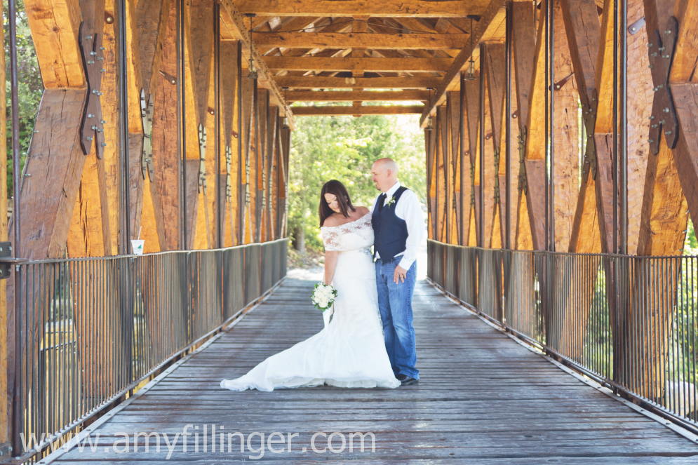 wedding photographer, Branson elopement photography, Branson wedding photography, Branson wedding photographer, Branson elopement photographer, Springfield wedding photographer, Branson covered bridge