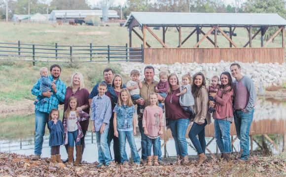 Branson Family Reunion Photography + The Pamperien Family