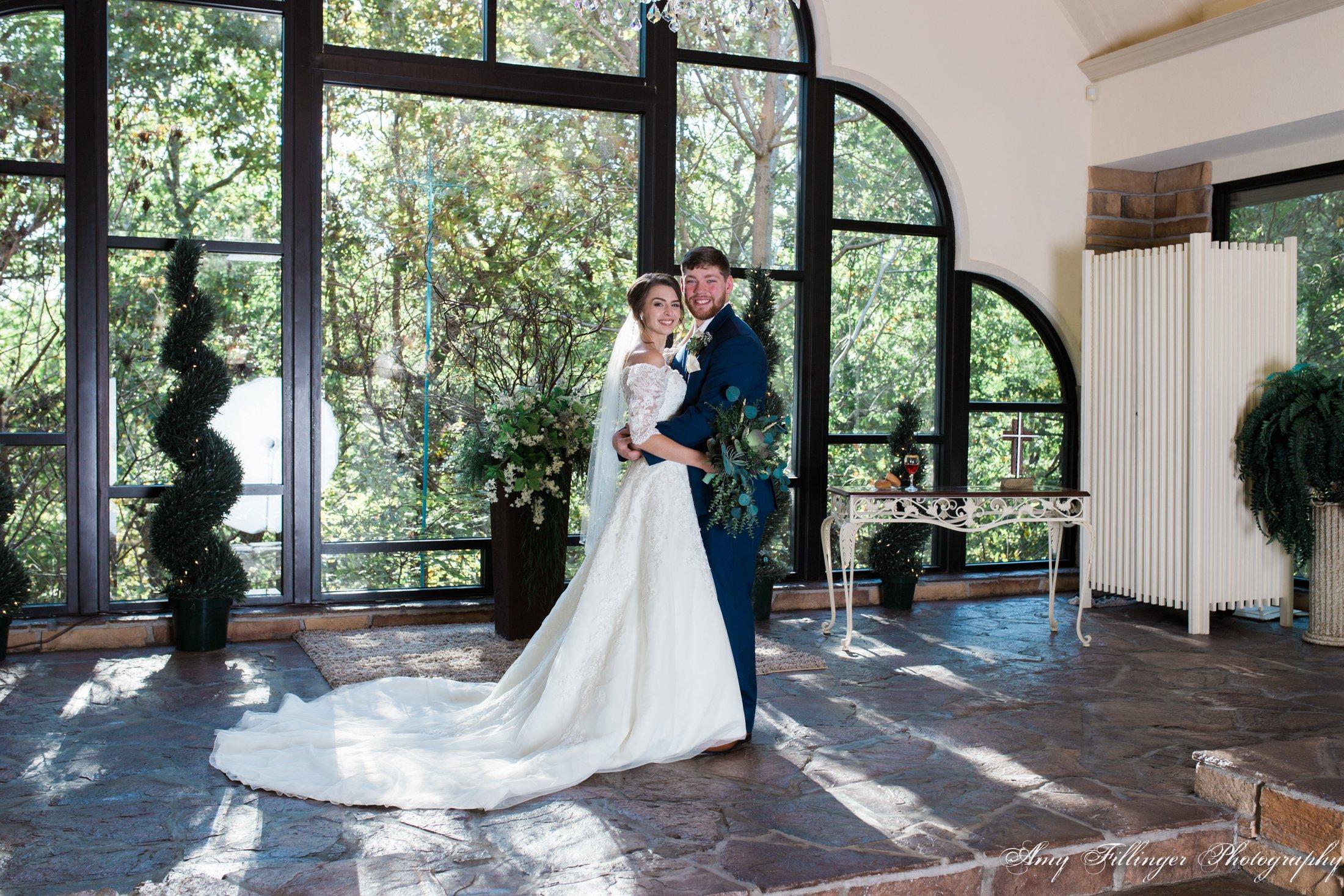 Makayla and Chandler's beautiful Stonegate Glass Chapel wedding by Branson Wedding Photographer, Amy Fillinger Photography #bransonwedding #bransonweddingphotographer #bransonweddings #bransonbride #weddingplanningideas #bransonmo #destinationweddingphotographer
